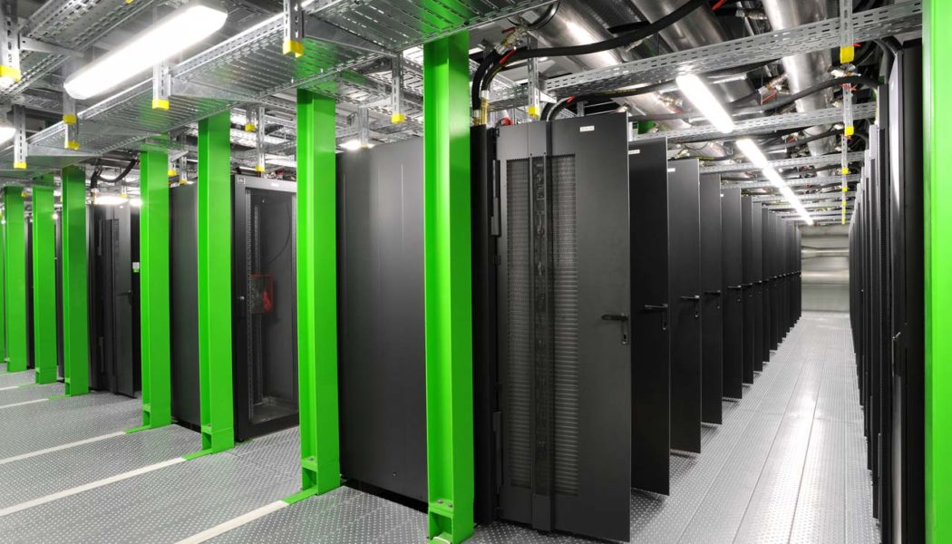 Facebook Reveals Secrets about its Energy Efficient Datacenter