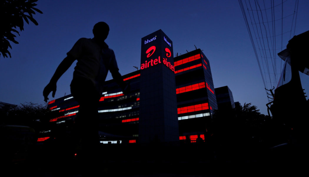 Telco  Bharti Airtel Ties Up With Microsoft